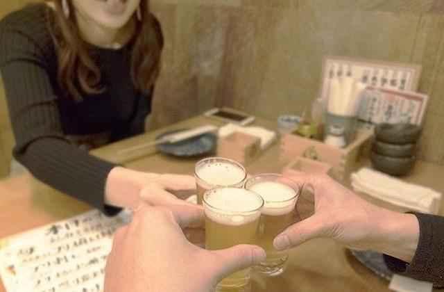 乾杯飲み会2